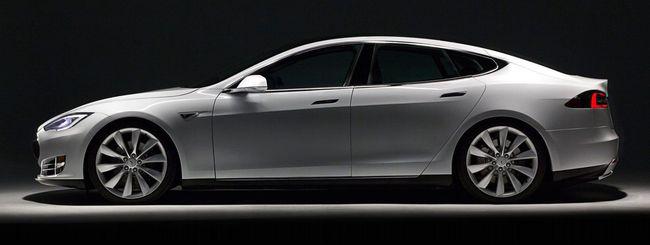 Tesla Model S: la berlina è elettrica
