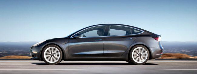 Tesla Model 3 al motor show del Parco Valentino