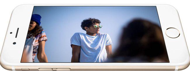 iPhone 6 Plus si piega in tasca