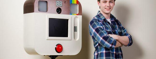 Instagram curiosità: Arduino Due integrato per costruire un photo-booth in legno