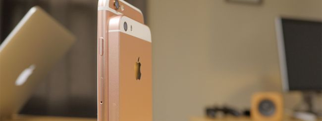 Calo vendite di iPhone, giù le azioni Apple