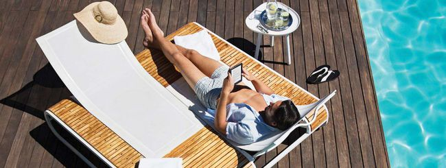 Kobo Aura H2O per leggere gli ebook in piscina