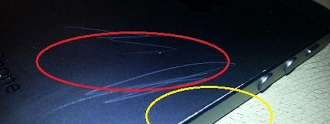 Graffi sulla scocca di iPhone 5, la risposta di Phil Schiller