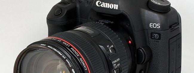 Nikon 1 V1 e Canon EOS 5D Mark II, taglio di prezzo