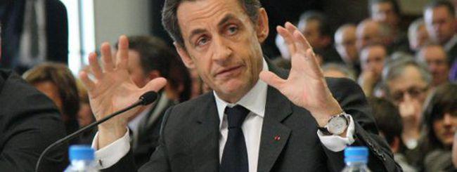 Gaffe di Sarkozy: download pirata nella sua residenza