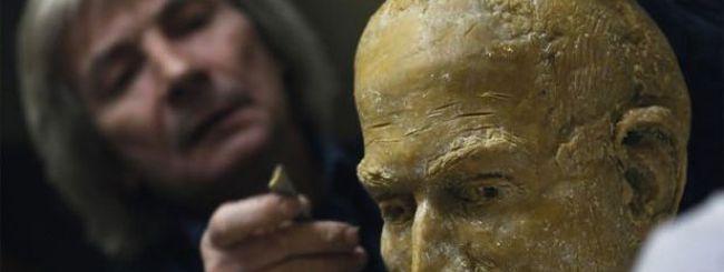 La statua di Steve Jobs: le foto del making of