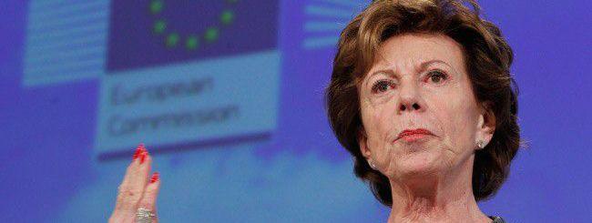Neelie Kroes: stop ai costi di roaming