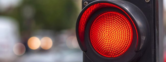 Uber: self-driving e semaforo rosso, errore umano