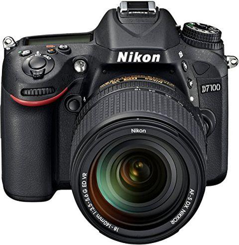 Nikon D7100 + Obiettivo AF-S 18-140mm