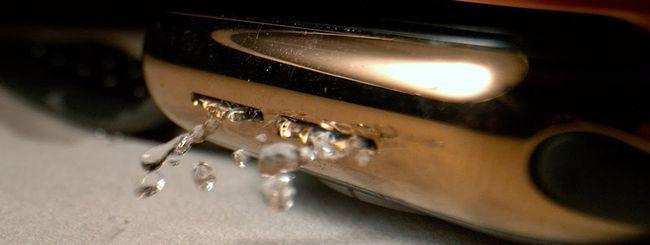 Apple Watch, ecco come espelle l'acqua (in Slow Motion)