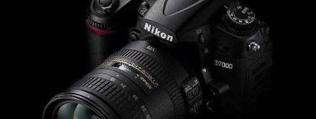Nikon D7000 e mirrorless Nikon 1 V1, cala il prezzo