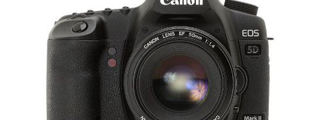 Canon 5D Mark III a marzo, dopo Nikon D800?