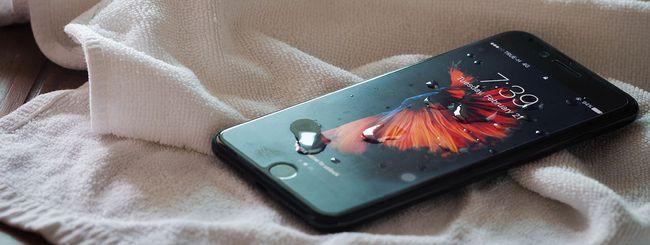 Apple indaga su un iPhone 7 sciolto dal calore