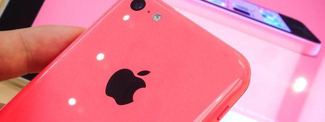 Apple iPhone 5C 8GB, da oggi in Italia a 579 euro
