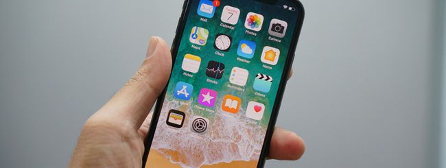 Un iPhone X Plus con display OLED LG da 6,5″?