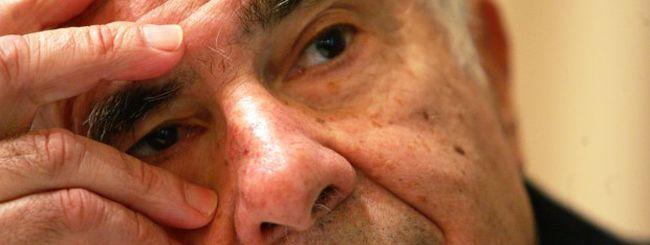 Carl Icahn continua a investire in Apple: raggiunti i 3 miliardi