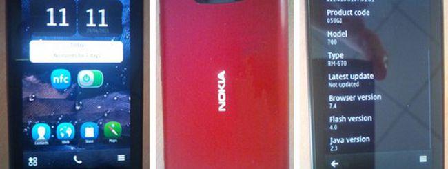 Il Nokia 700 Zeta appare in foto: i dettagli