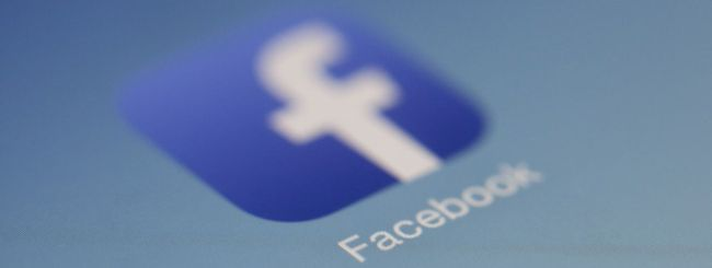 Facebook, nuove regole: cosa è vietato