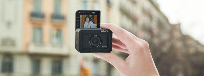 Sony RX0 II, action cam con schermo orientabile