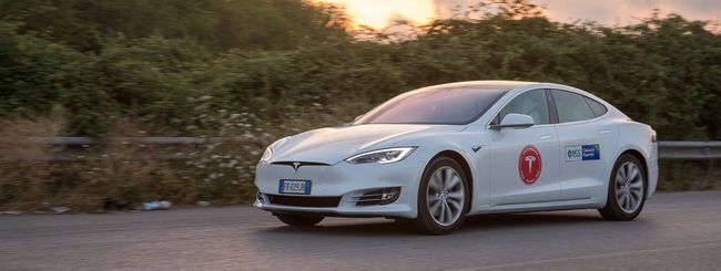 Tesla: tensioni tra Musk e il team di Autopilot