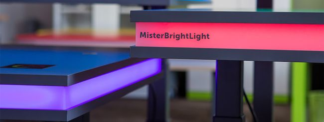 MisterBrightLight, la standing desk hi-tech