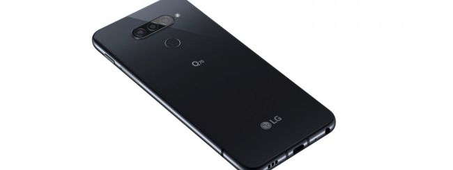 LG Q70, primo smartphone con fotocamera in-display