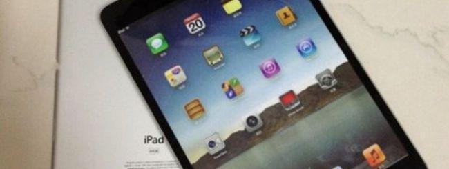 Mockup fisici anche di iPad mini, ecco la gallery