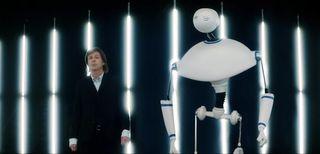 Paul McCartney e il robot Newman