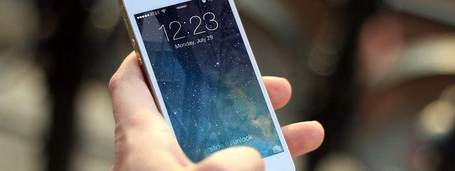 Un iPhone funziona dopo un anno in un lago