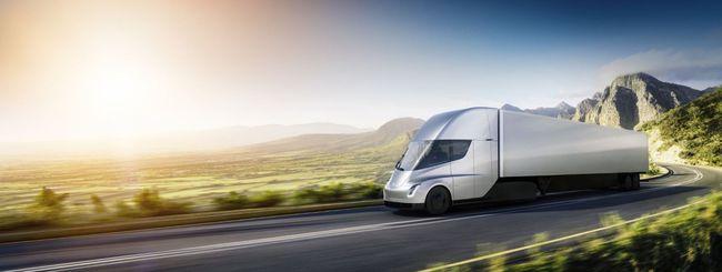 Tesla Semi, 500 miglia di autonomia