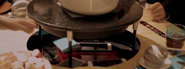 Ikea inventa il tavolo senza smartphone