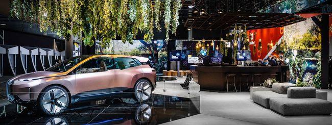 MWC 2019, con BMW l'auto si controlla con la voce