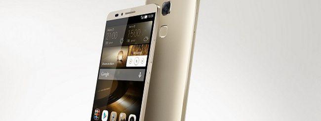Huawei ha successo in Italia, lancia Mate 7 Gold