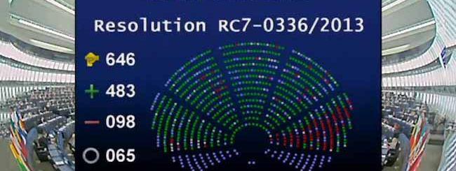 L'Europarlamento vota contro la NSA