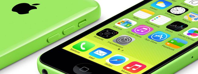 Apple iPhone 5C 8GB, appena uscito, già in sconto