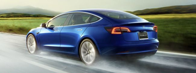 Tesla Model 3 Performance, arriva il Track Mode