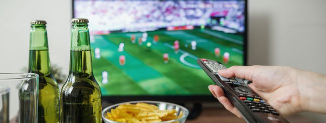 Diritti TV calcio Serie A: DAZN supera Sky