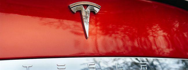 Tesla, l'autopilot riduce gli incidenti del 40%