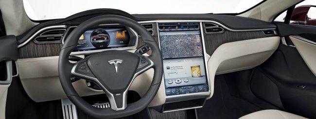 Dopo Google, anche Tesla punta sull'autonomous car