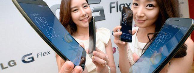 LG G Flex in Italia da febbraio, a 899 euro