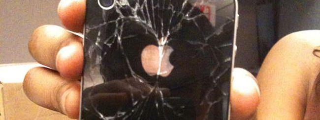 Glassgate: non c'è pace per l'iPhone 4