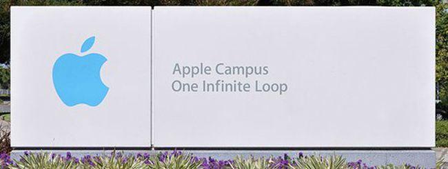 Apple, proteste al meeting degli azionisti