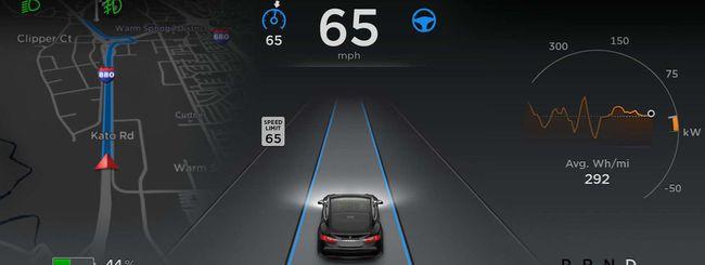 Tesla, funzioni di full self-driving ad agosto