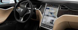 Tesla Model S: le immagini
