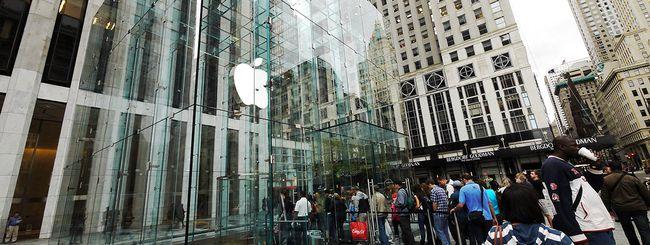 iPhone 6: lunghe file agli Apple Store
