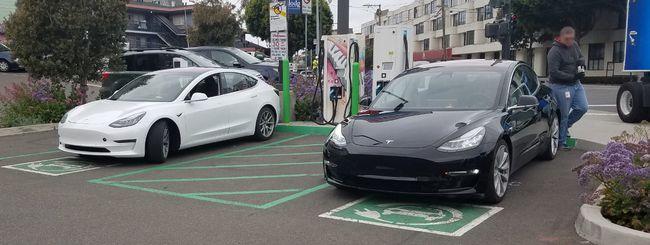 Tesla, migliora la produzione delle Model 3