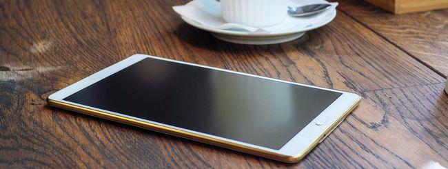 Mercato smartphone, più grande è meglio