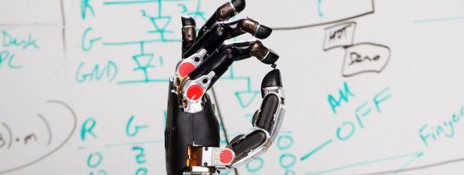 """DARPA realizza una protesi che """"sente"""" gli oggetti"""