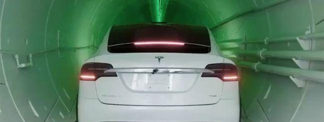 Elon Musk mostra primo viaggio nel tunnel stradale