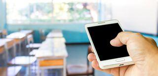 insegnanti-docenti-smartphone